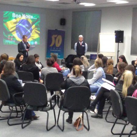 CDL promove curso de qualificação de vendedores