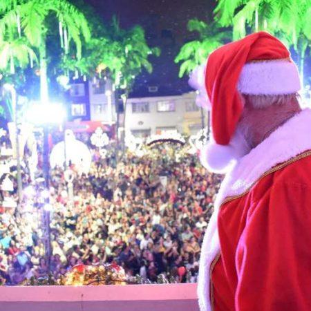 Devido à chuva, chegada do Papai Noel é adiada em Jaraguá
